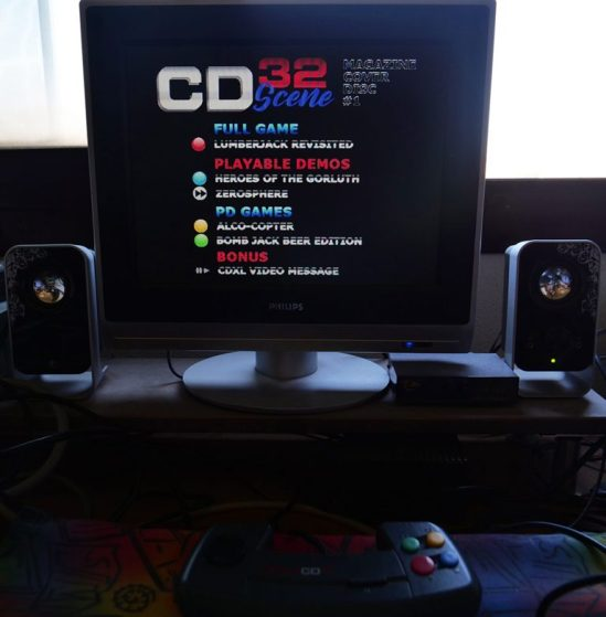 Amiga-CD32-Scene-7-768x783