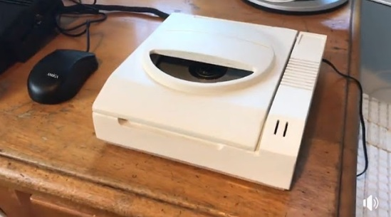 Unidad de CD externa para el Amiga 1200? ¡Toma mi dinero ahora! #aMiGaTrOnIcS
